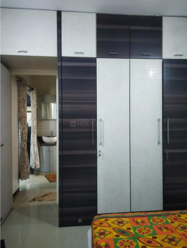 Bedroom Image of 585 Sq.ft 1 BHK Apartment for rent in Mulund West for 24000