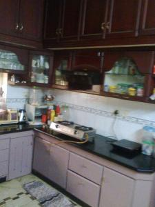 Gallery Cover Image of 2400 Sq.ft 5 BHK Independent House for rent in Kakkanad for 50000