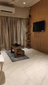 Gallery Cover Image of 448 Sq.ft 1 BHK Apartment for buy in Vardhaman Heights, Chembur for 6700000