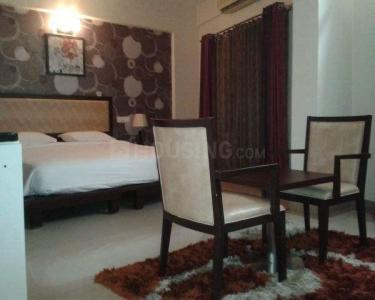 Gallery Cover Image of 1850 Sq.ft 3 BHK Apartment for rent in Jadavpur for 22000