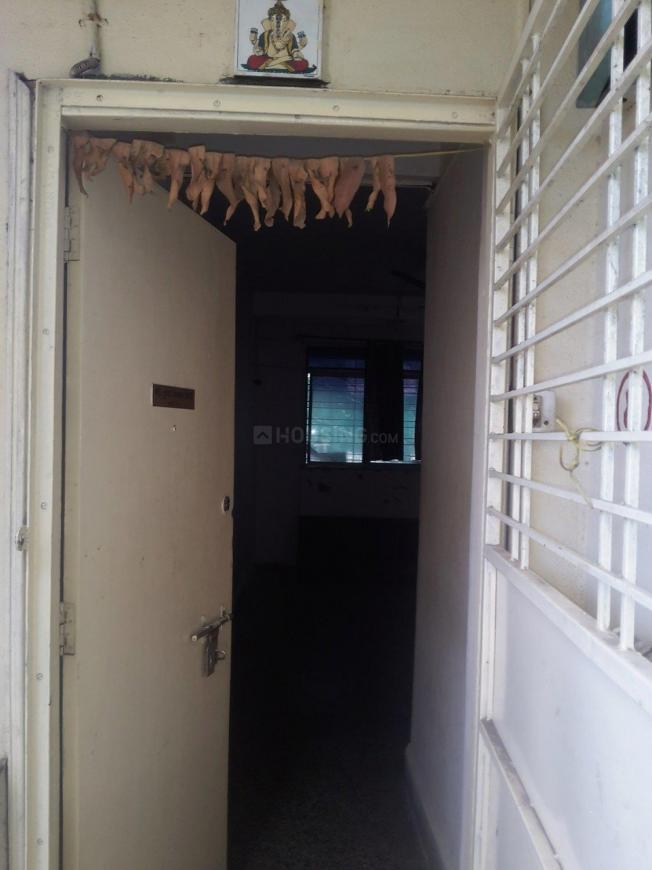 Main Entrance Image of 500 Sq.ft 1 BHK Apartment for rent in Kothrud for 12000