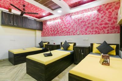 Bedroom Image of 10m-kailash Colony Metro| in Laxmi Nagar