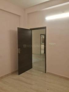 Gallery Cover Image of 1250 Sq.ft 3 BHK Apartment for rent in Hussainpur for 22000
