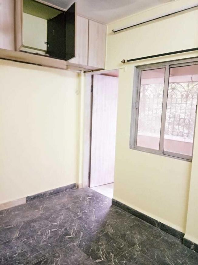Bedroom Image of 850 Sq.ft 2 BHK Apartment for rent in Dahisar West for 28000