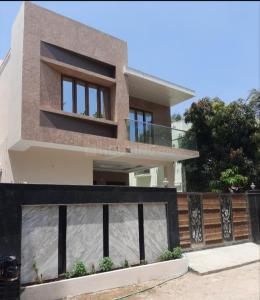 Gallery Cover Image of 4000 Sq.ft 4 BHK Independent House for buy in Maduravoyal for 33000000