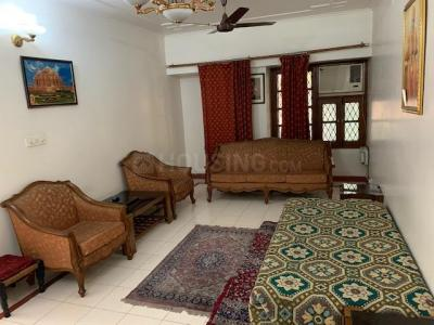 Gallery Cover Image of 1750 Sq.ft 4 BHK Apartment for buy in Sarita Vihar for 21000000