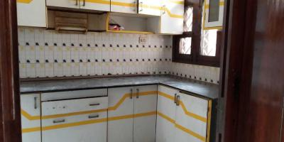 Gallery Cover Image of 800 Sq.ft 1 BHK Apartment for rent in Krishna Nagar for 7000