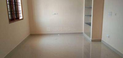 Gallery Cover Image of 950 Sq.ft 2 BHK Apartment for rent in Thoraipakkam for 17000