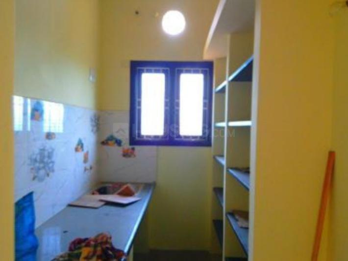 Kitchen Image of 600 Sq.ft 1 BHK Apartment for rent in Chengalpattu for 3000