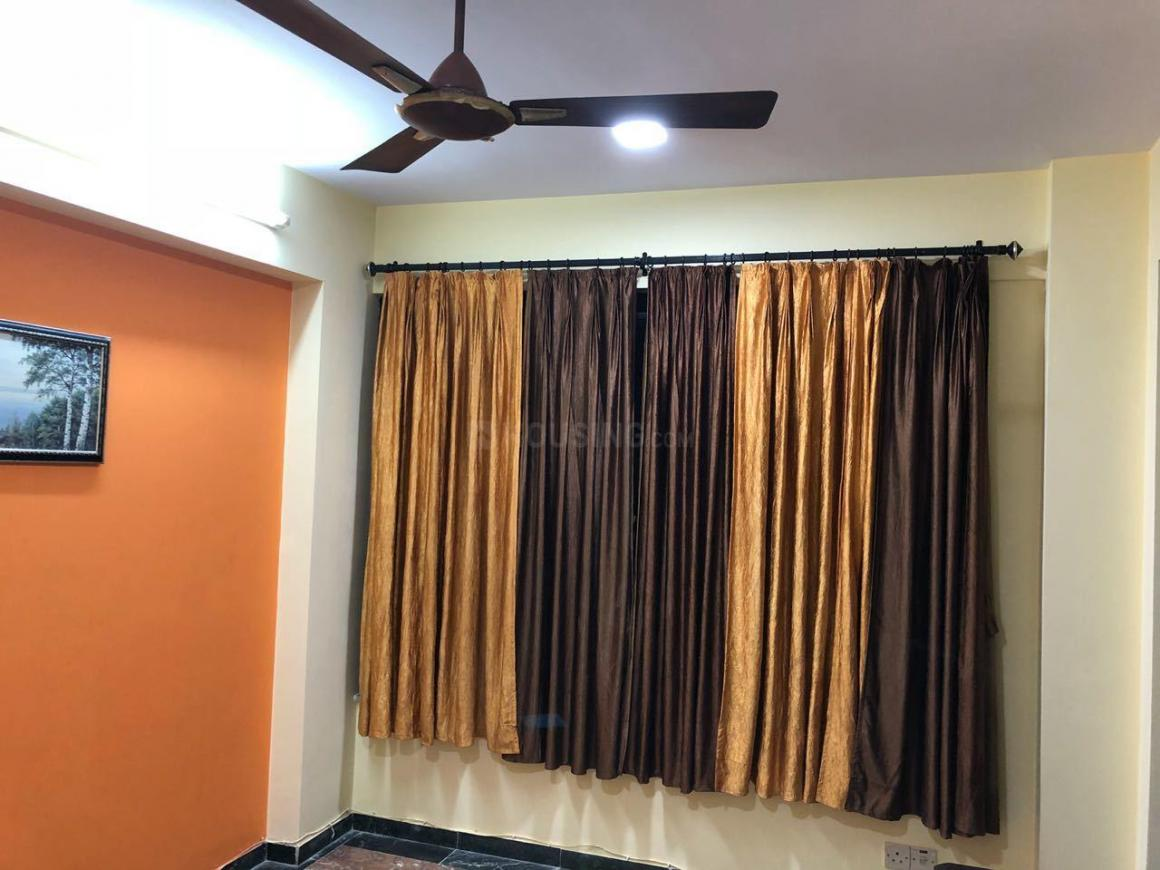 Living Room Image of 1050 Sq.ft 2 BHK Apartment for rent in Hiranandani Estate for 33000