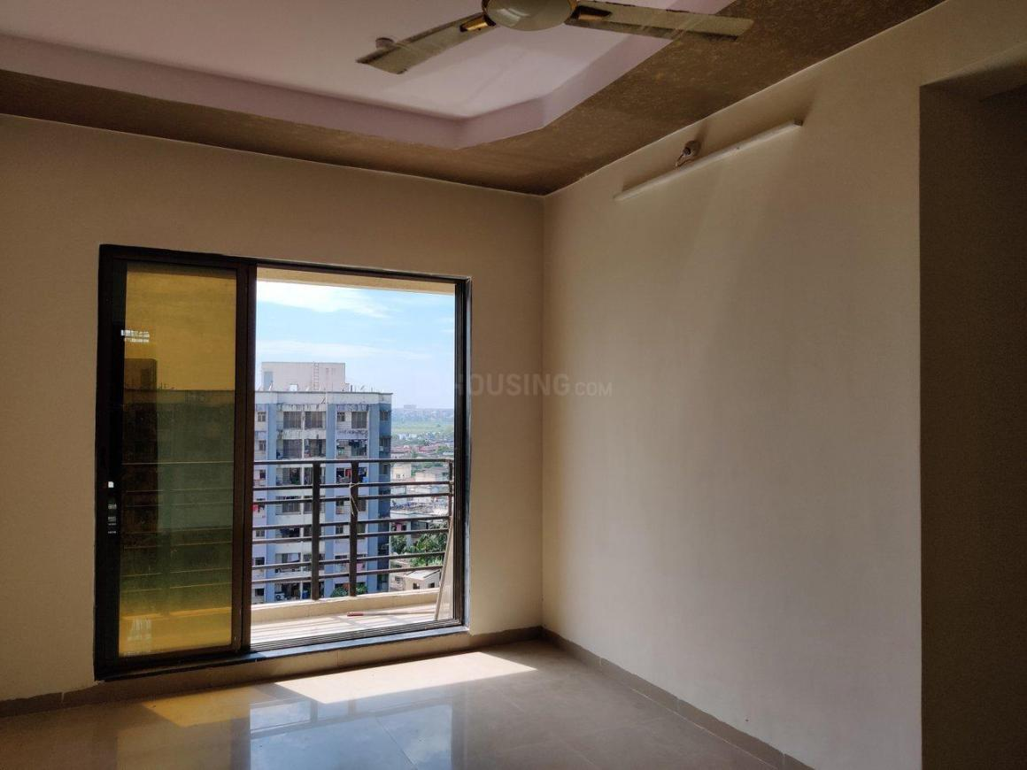 Living Room Image of 650 Sq.ft 1 BHK Apartment for rent in Vasai East for 7000