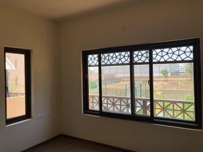 Gallery Cover Image of 3000 Sq.ft 3 BHK Apartment for buy in Kalyan Nagar for 25500000