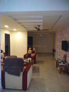 Gallery Cover Image of 3300 Sq.ft 5 BHK Apartment for rent in Vishwakarma Sky Park, Chromepet for 125000