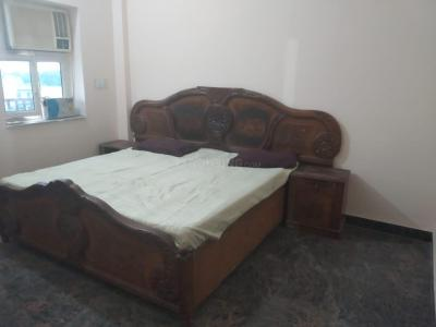 Gallery Cover Image of 450 Sq.ft 1.5 BHK Independent Floor for rent in Sector 70 for 6000