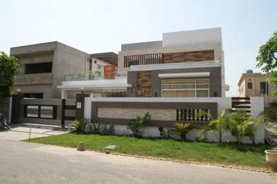 Gallery Cover Image of 2162 Sq.ft 3 BHK Independent House for buy in Electronic City for 8520000