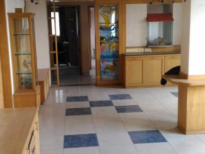 Gallery Cover Image of 1100 Sq.ft 2 BHK Apartment for rent in Cosmos, Magarpatta City for 29000