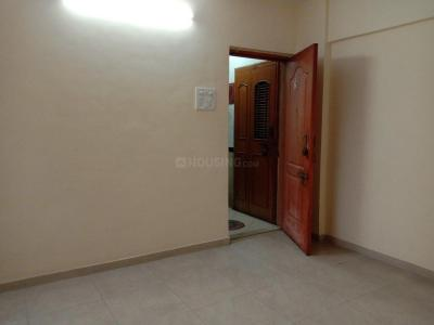 Gallery Cover Image of 650 Sq.ft 1 BHK Apartment for rent in Mulund East for 20000