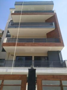 Gallery Cover Image of 2000 Sq.ft 3 BHK Independent Floor for buy in Sector 45 for 12500000