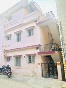 Gallery Cover Image of 1100 Sq.ft 2 BHK Independent Floor for rent in Munnekollal for 11000