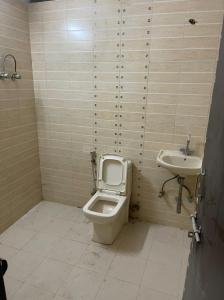 Gallery Cover Image of 900 Sq.ft 2 BHK Independent House for buy in Ghatlodiya for 3100000