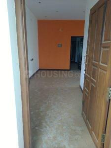 Gallery Cover Image of 985 Sq.ft 2 BHK Apartment for buy in Sekkalai for 4000000