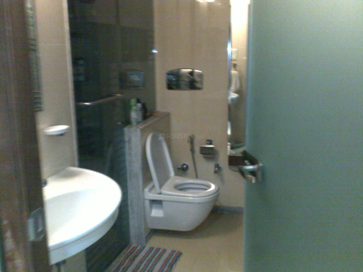 Bathroom Image of 2600 Sq.ft 6 BHK Independent Floor for buy in Juhu for 85000000
