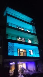 Gallery Cover Image of 3200 Sq.ft 4 BHK Independent Floor for buy in Sector 37 for 18000000