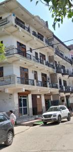 Gallery Cover Image of 200 Sq.ft 1 RK Apartment for rent in Sector 49 for 4000