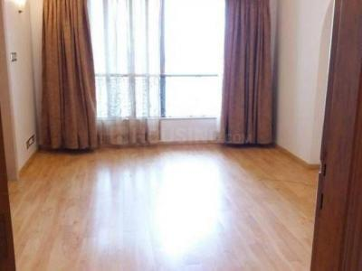 Gallery Cover Image of 650 Sq.ft 1 BHK Apartment for rent in Cuffe Parade for 100000