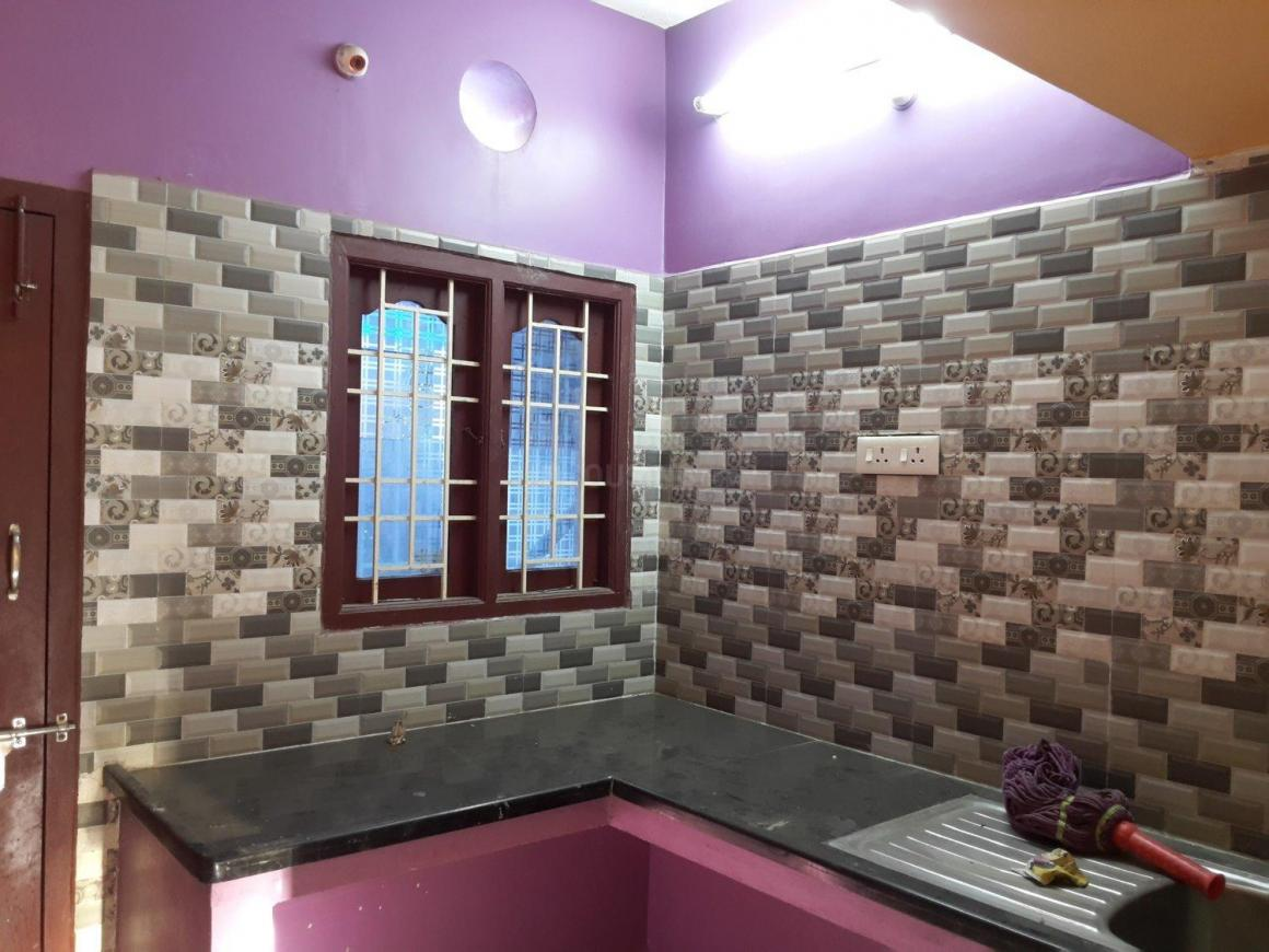 Kitchen Image of 1200 Sq.ft 3 BHK Independent House for rent in Medavakkam for 15000