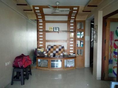 Gallery Cover Image of 800 Sq.ft 1 BHK Apartment for rent in Blue Bell Apartments, Chembur for 30000