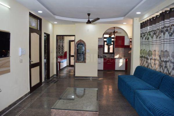 उत्तम नगर में कृष्ण कुटीर पीजी के हॉल की तस्वीर
