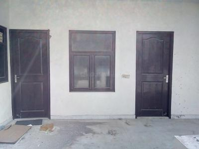 Gallery Cover Image of 750 Sq.ft 2 BHK Independent Floor for rent in Palam Vihar for 15000