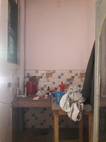 बालाजी पीजी इन सेक्टर 62 के किचन की तस्वीर