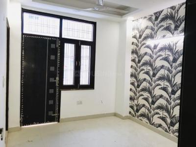 Gallery Cover Image of 1050 Sq.ft 3 BHK Independent Floor for buy in Sector 105 for 3350000
