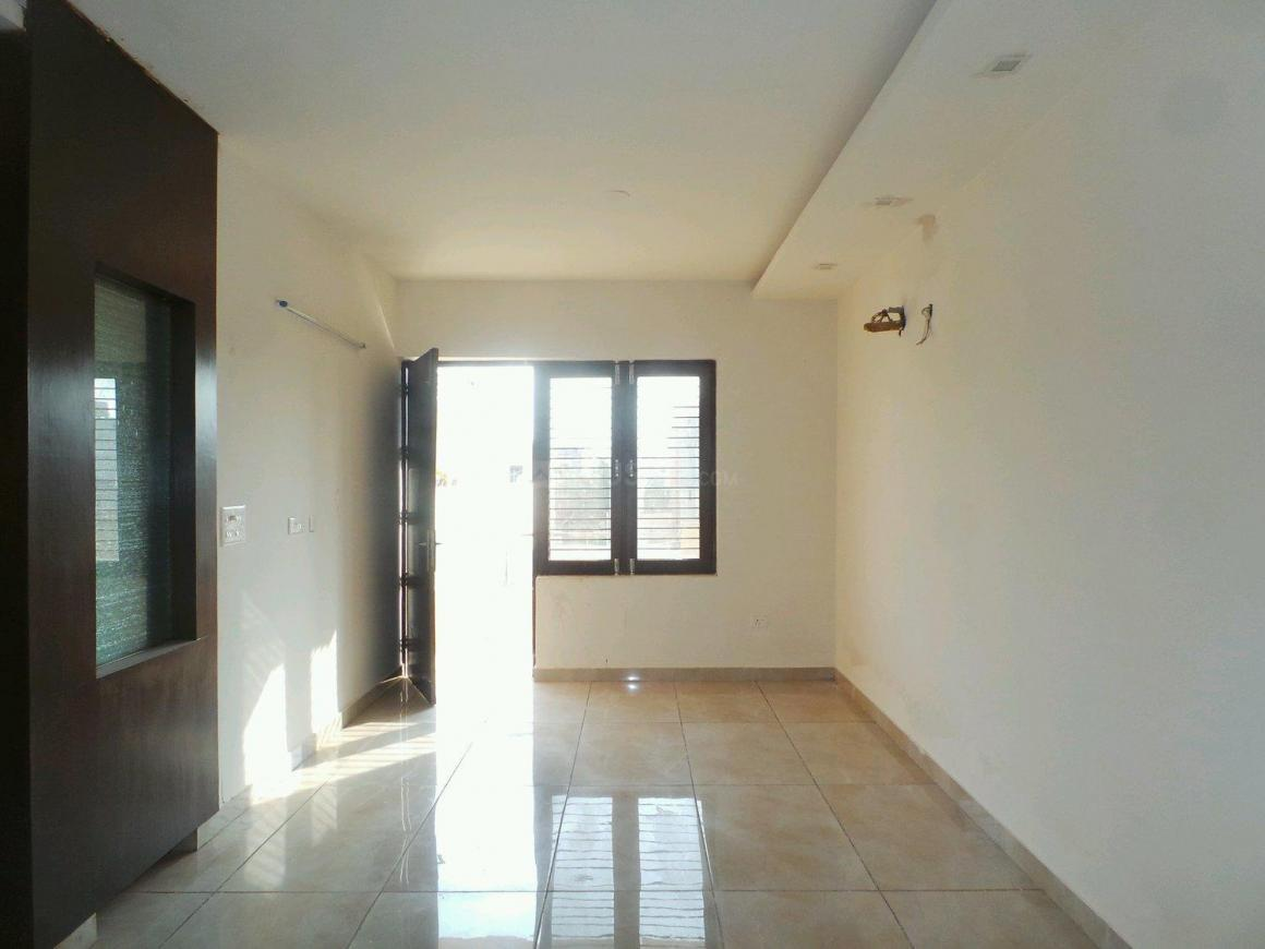 Living Room Image of 1750 Sq.ft 3 BHK Independent Floor for buy in Sector 21D for 8900000