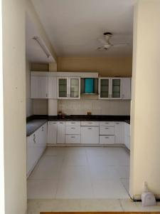 Gallery Cover Image of 3240 Sq.ft 3 BHK Independent Floor for rent in Unitech South City II, Sector 49 for 35000