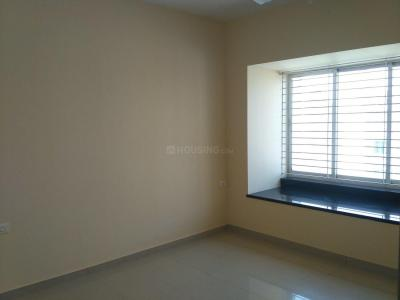 Gallery Cover Image of 525 Sq.ft 1 BHK Apartment for rent in Kandivali East for 18000