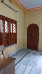 Gallery Cover Image of 650 Sq.ft 1 BHK Apartment for rent in SREE DURGA APARTMENT, Nimta for 8000
