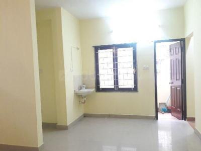 Gallery Cover Image of 1250 Sq.ft 2 BHK Apartment for rent in T Nagar for 23000