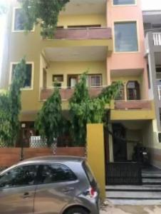 Gallery Cover Image of 1600 Sq.ft 2 BHK Independent Floor for rent in Ansal API Palam Vihar, Palam Vihar for 23000