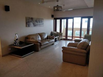 Gallery Cover Image of 1500 Sq.ft 3 BHK Apartment for rent in Juhu for 190000