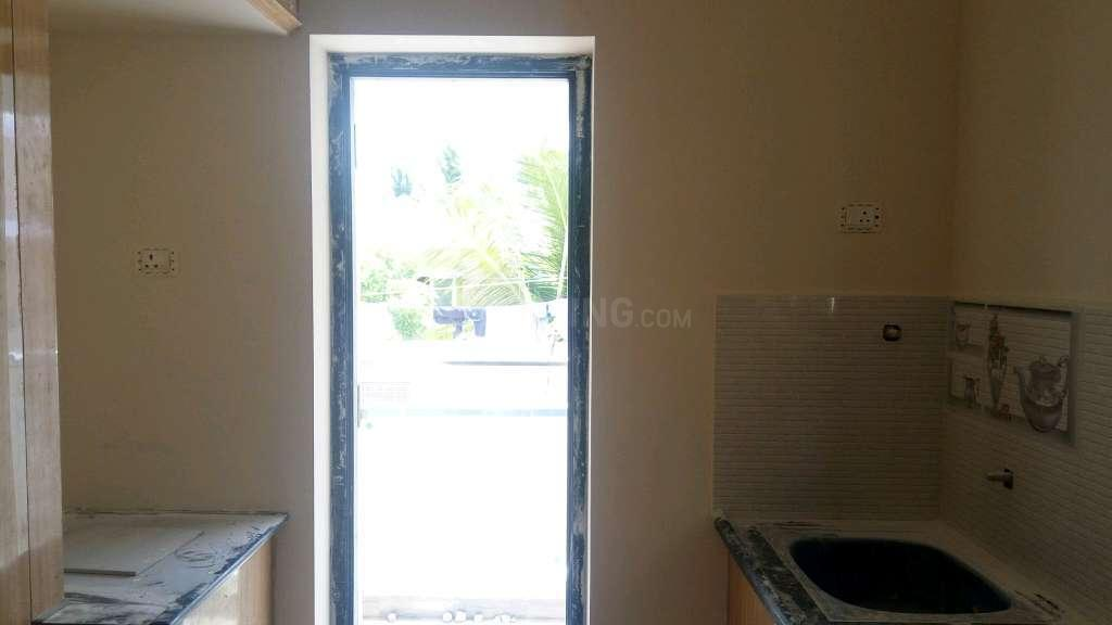 Kitchen Image of 490 Sq.ft 1 BHK Apartment for buy in Nanmangalam for 1960000