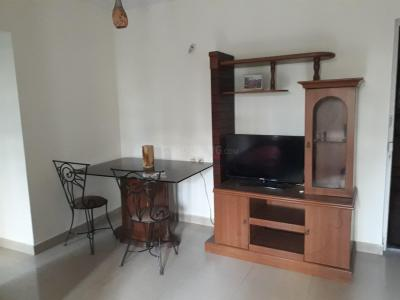 Gallery Cover Image of 900 Sq.ft 2 BHK Apartment for rent in Malad West for 43000