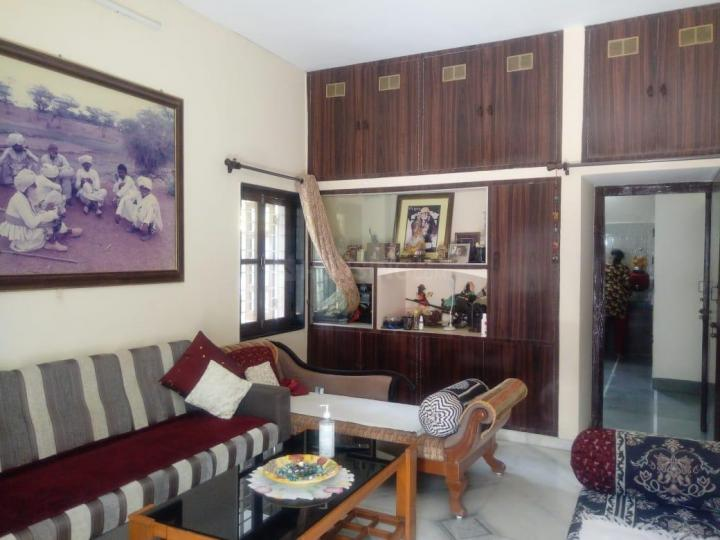 Hall Image of 2200 Sq.ft 3 BHK Villa for buy in Karelibaug for 15100000