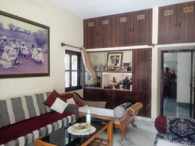 Gallery Cover Image of 2200 Sq.ft 3 BHK Villa for buy in Karelibaug for 15100000