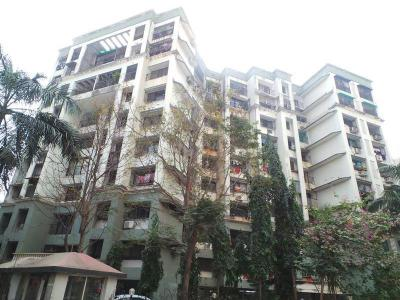 Gallery Cover Image of 1100 Sq.ft 3 BHK Apartment for buy in Goregaon East for 19000000