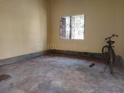 Gallery Cover Image of 450 Sq.ft 1 RK Independent Floor for rent in Thakurpukur for 3500