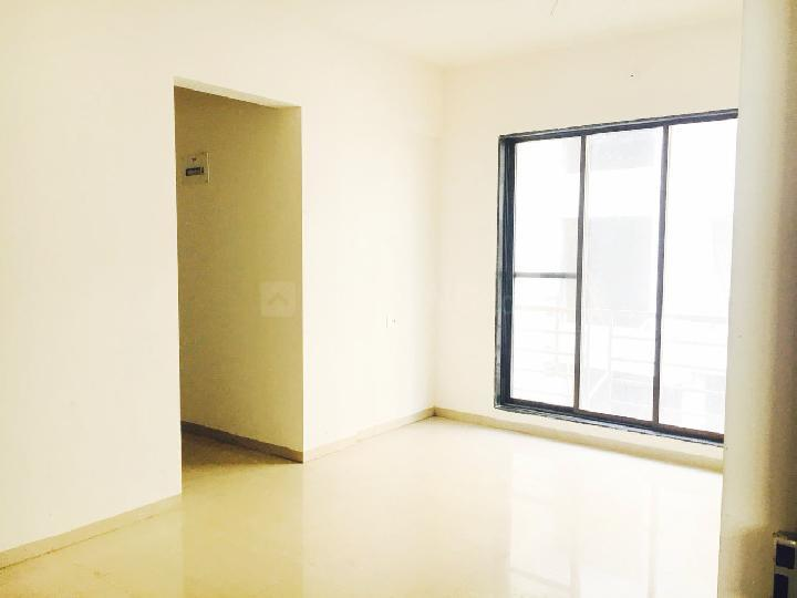 Living Room Image of 585 Sq.ft 1 BHK Apartment for rent in Greater Khanda for 9500