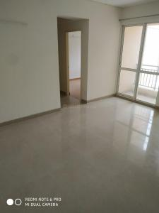 Gallery Cover Image of 942 Sq.ft 2 BHK Apartment for buy in Jaypee Kosmos, Sector 134 for 3100000
